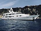 Vixit yacht anchored off Camogli