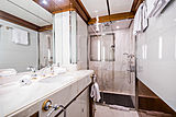 Diane yacht bathroom