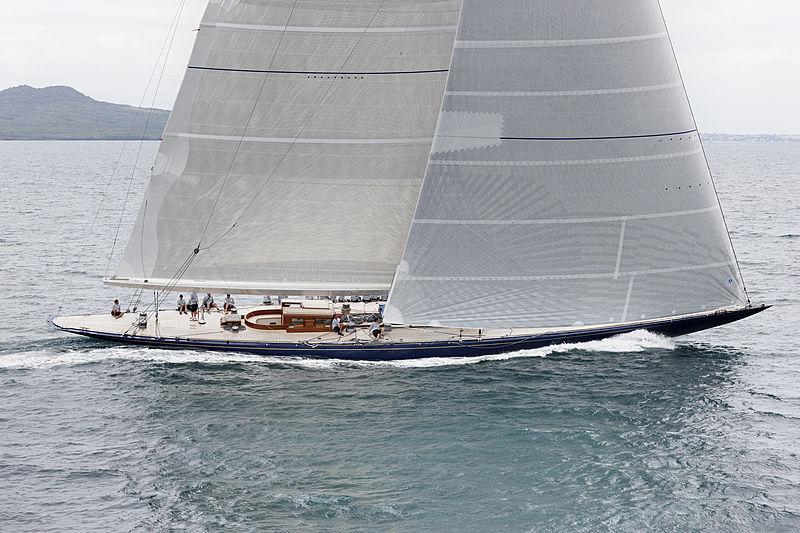 Endeavour yacht sailing