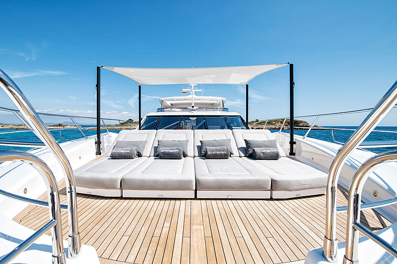 Chimera yacht by Sunseeker front deck