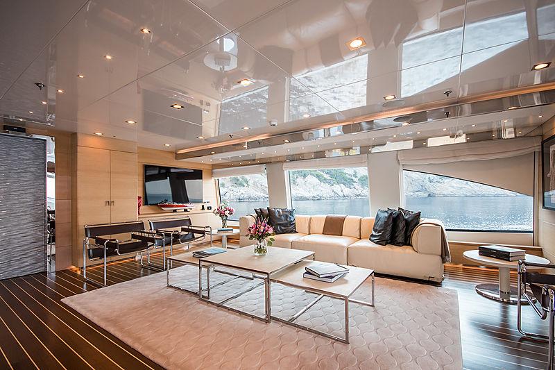 Resilience yacht saloon