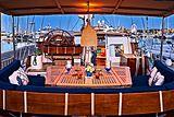 Anamcara yacht aft deck