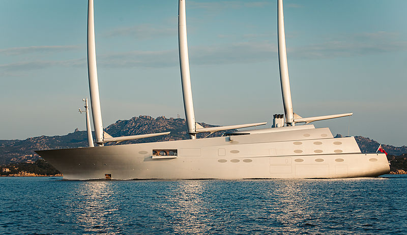 SY A yacht cruising off Cala di Volpe