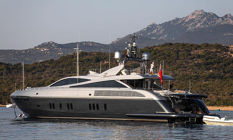Flying Dagger yacht at anchor off Porto cervo