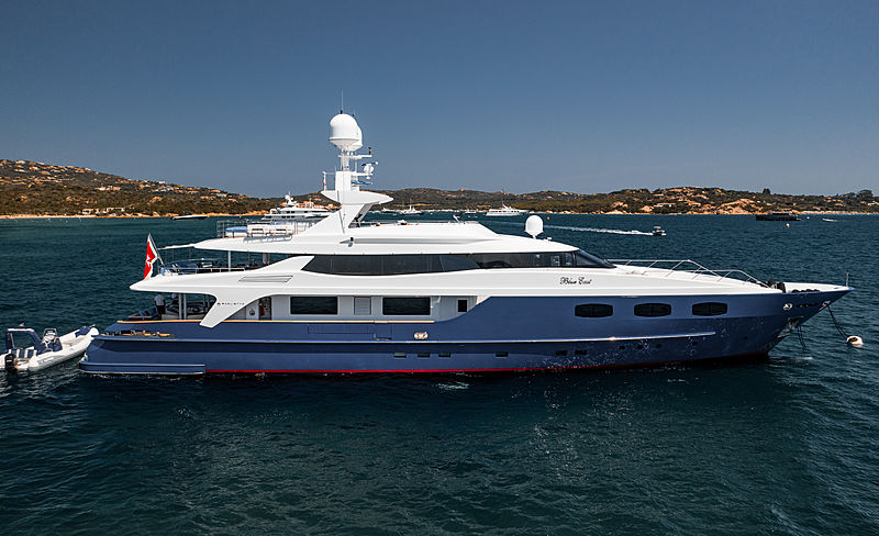 Blue East yacht at anchor off Cala di Volpe