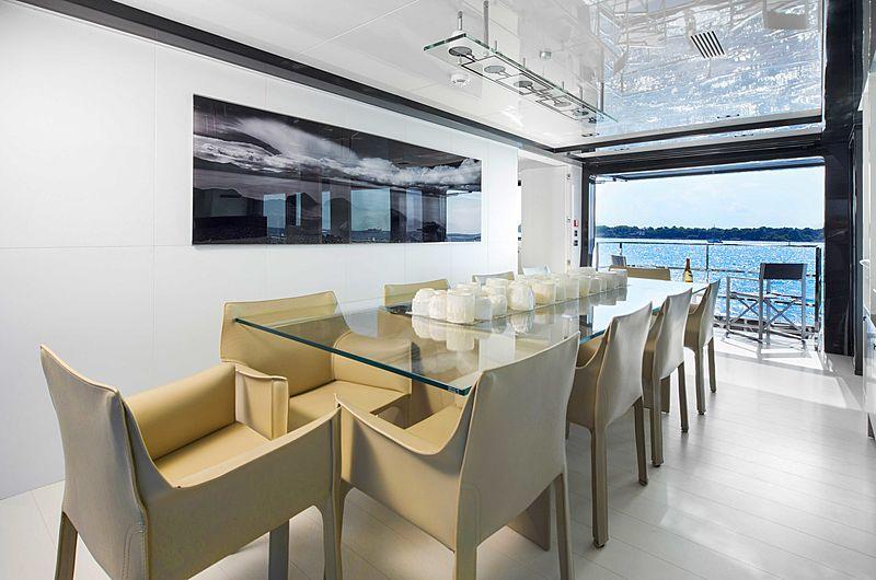 Yacht Jurata dining area