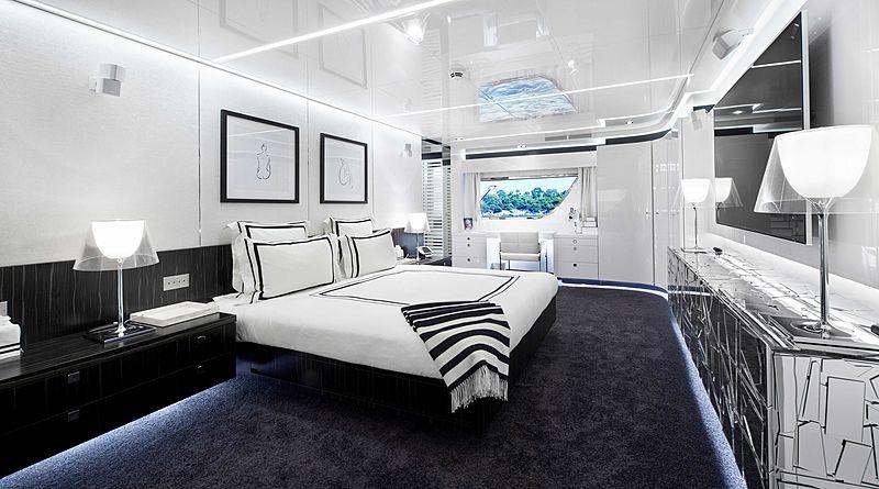Yacht Jurata stateroom