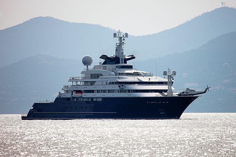 Octopus yacht