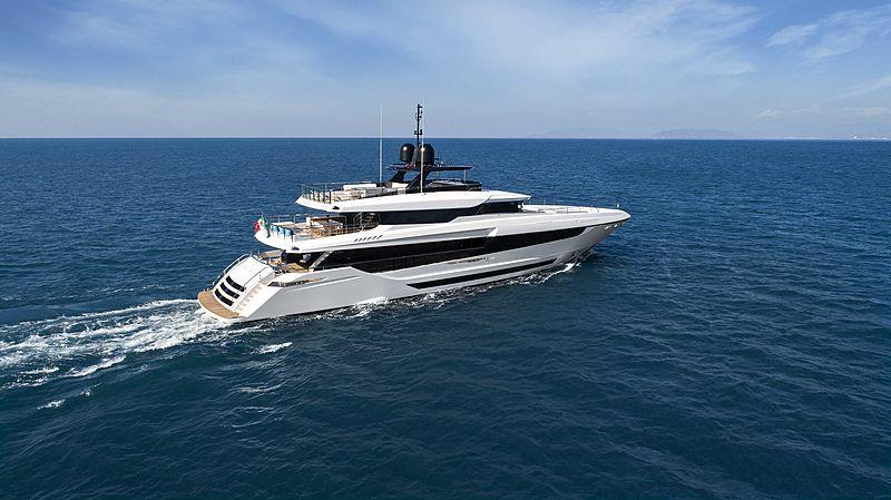 Overmarine Mangusta Oceano 43 yacht cruising