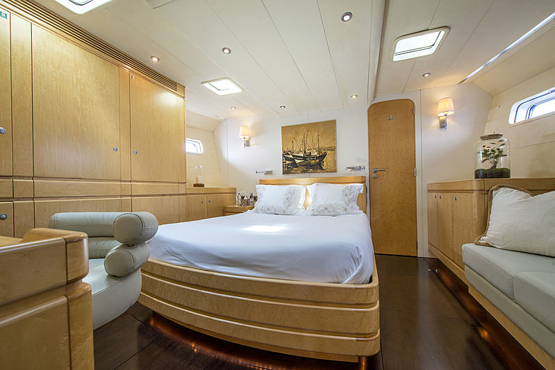 Infinity yacht by CNB stateroom