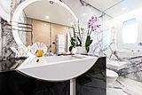 Irimari yacht bathroom