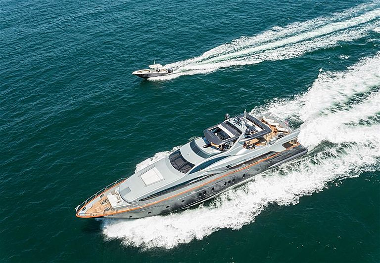Tail Lights yacht cruising