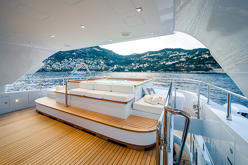 Manifiq yacht deck