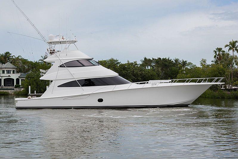 VERA D yacht Viking Yachts