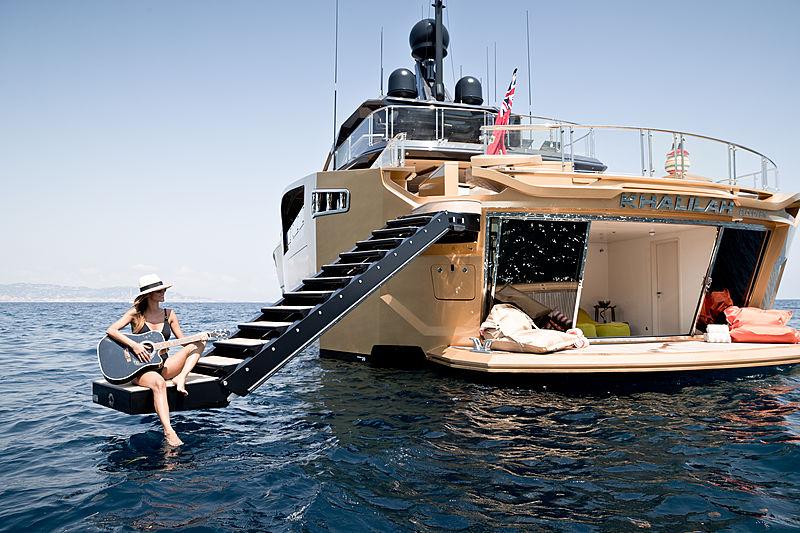 Khalilah yacht exterior