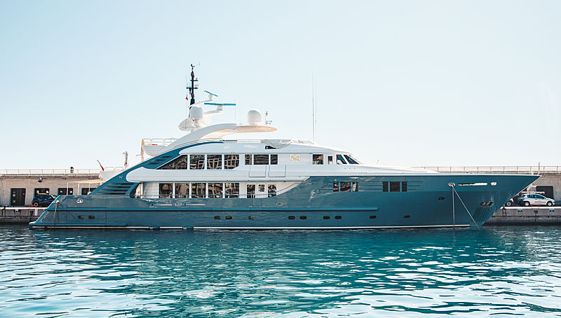 Lady MM yacht in Cap d'Ail