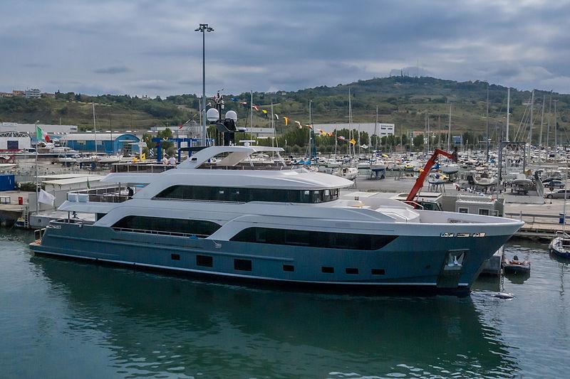 CdM Acciaio 123 yacht launch in Ancona
