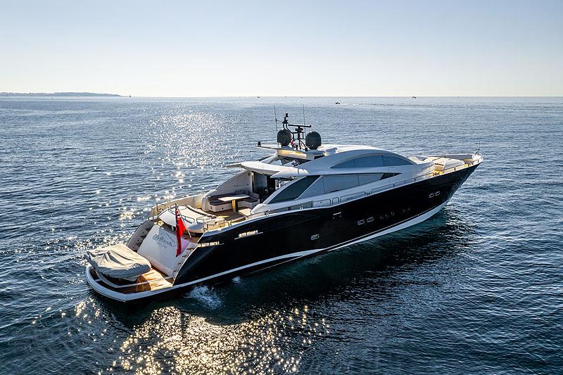 La Gioconda yacht at anchor