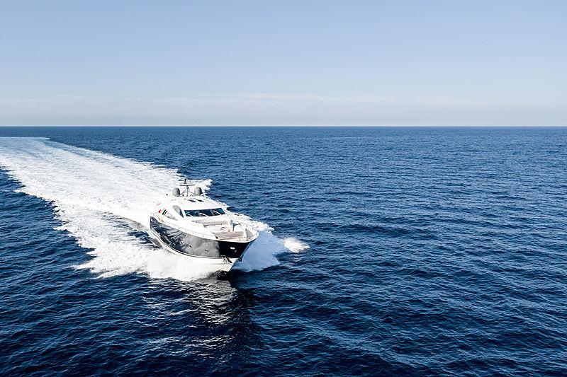 La Gioconda yacht cruising