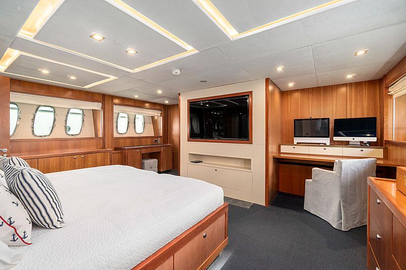 La Gioconda yacht stateroom