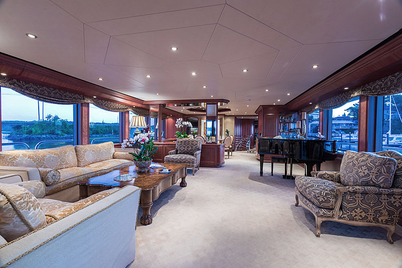 Lady Kath yacht saloon