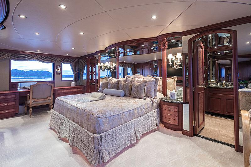 Lady Kath yacht stateroom