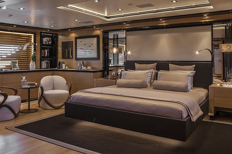 Eight yacht stateroom