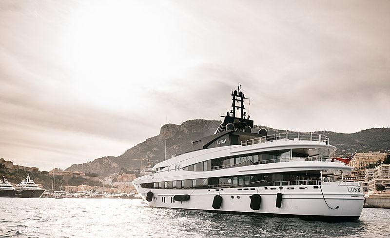 Luna B yacht by Oceanco arriving in Monaco