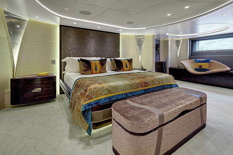 Mondango 3 yacht stateroom