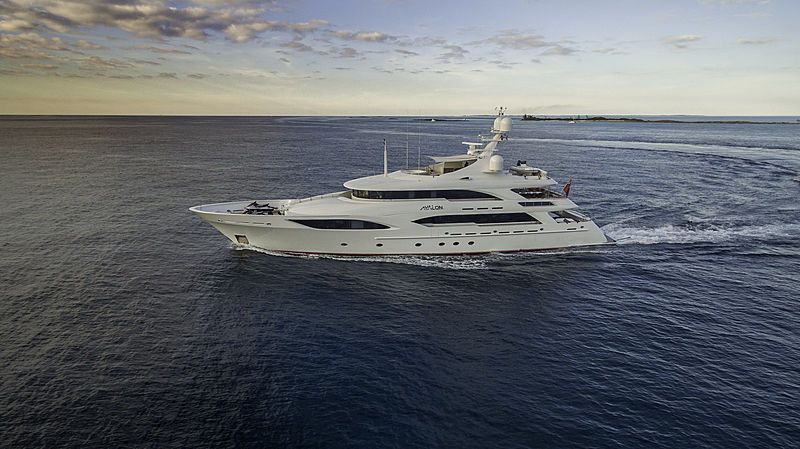 Avalon yacht crusing