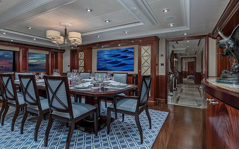 Avalon yacht dining