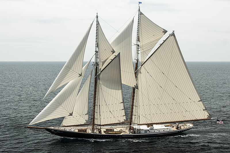 COLUMBIA yacht Eastern Shipbuilding Group